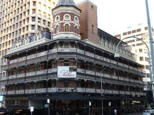Base Brisbane Backpackers Central - New South Wales Tourism