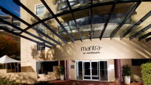Mantra on Northbourne - New South Wales Tourism