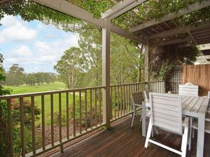 Villa Margarita located within Cypress Lakes - New South Wales Tourism
